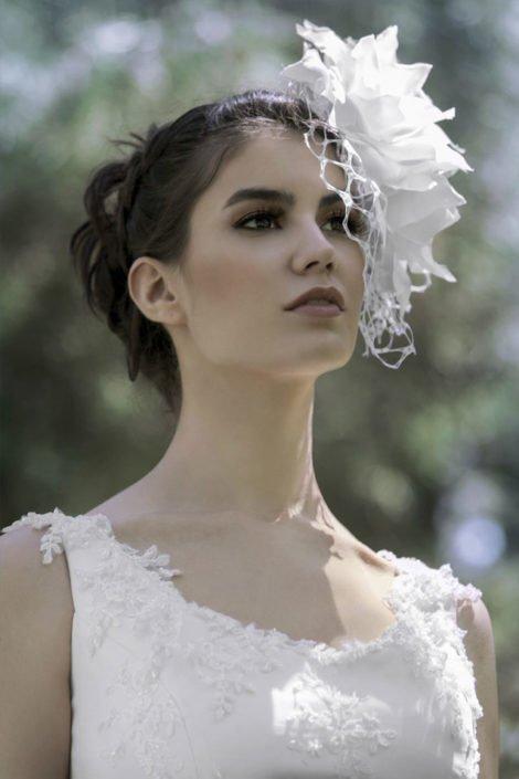 maquillaje de novia beauty con tocado