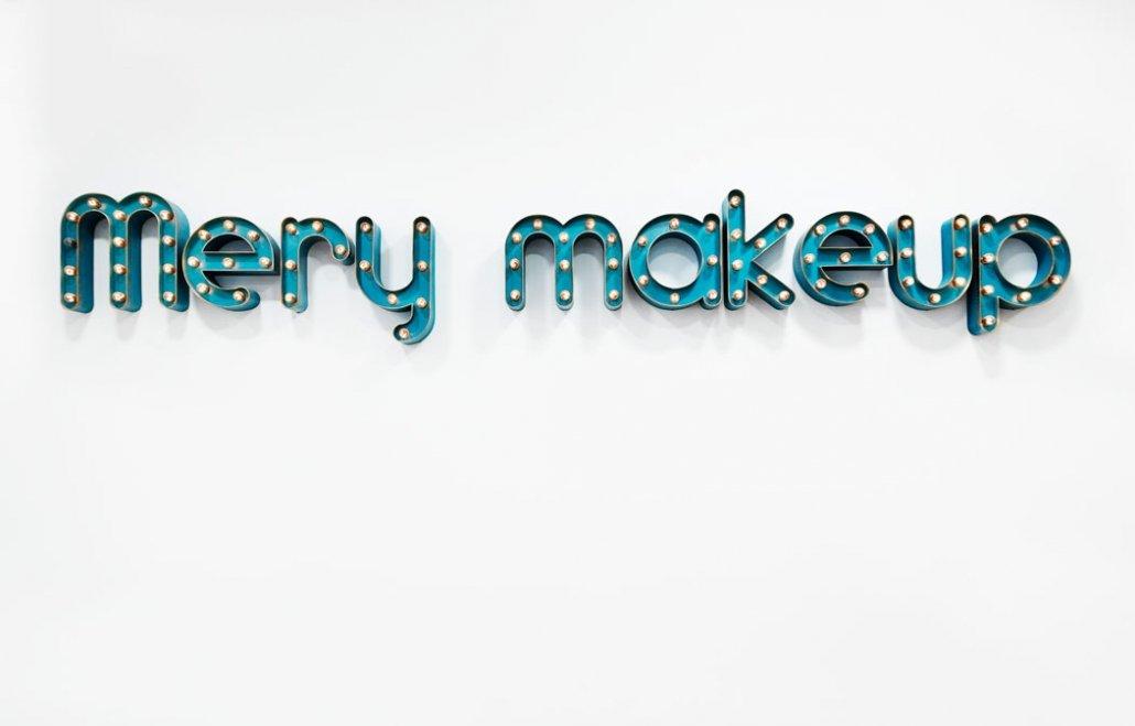 Sala Vintage Mery Makeup