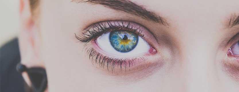 Cómo alargar ojos redondos